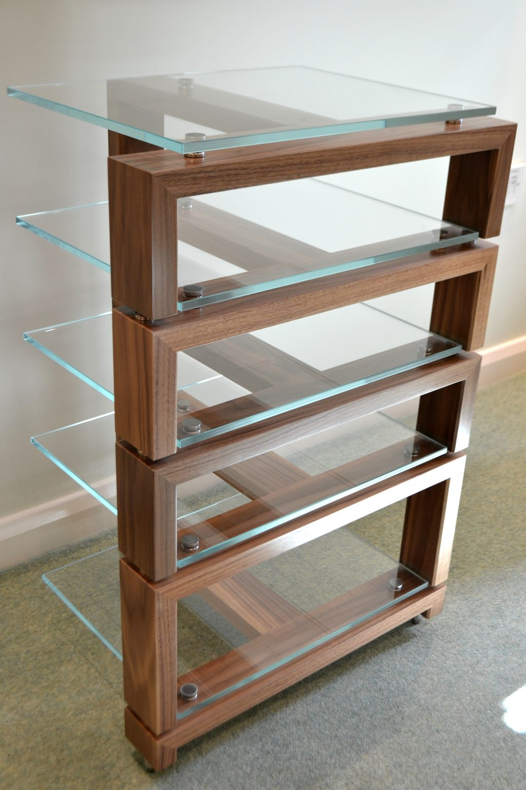 Simrak Equipment Rack
